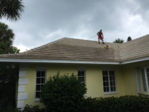 Dino's Cleaning Jupiter FL Roof
