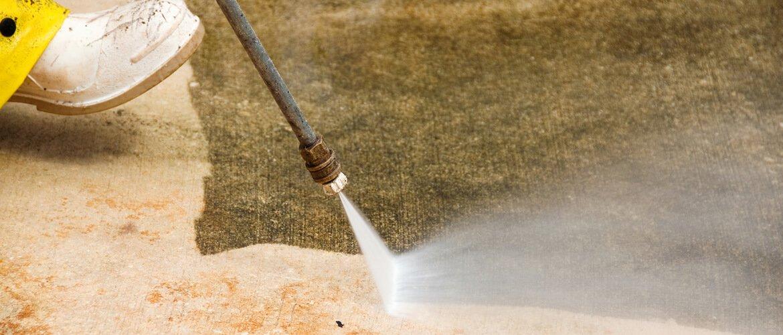 Pressure Clean Concrete Driveway in Jupiter FL
