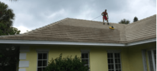 Expert Roof Cleaning in Florida | Types of Roofs and Cleaning Methods